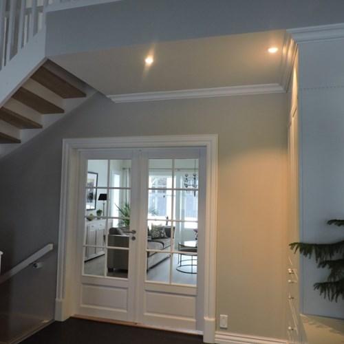 Hall med lys 750x1000.jpg